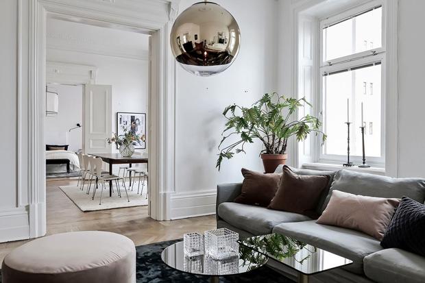 Home Tour A Glamorous Gothenburg Apartment These Four